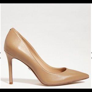 NWT Hazel classic nude leather size7